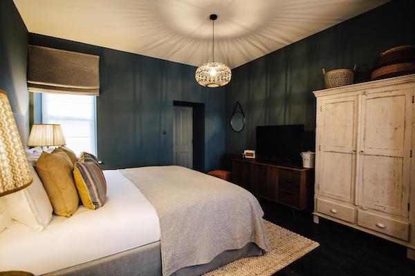 bedroom-tiling-1