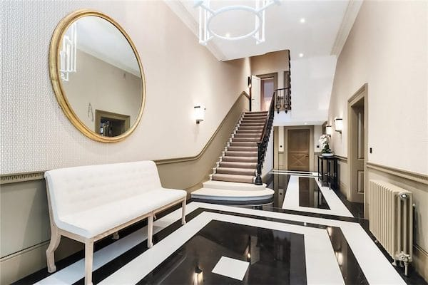 black-and-white-marble-tiles-in-entrance-to-house